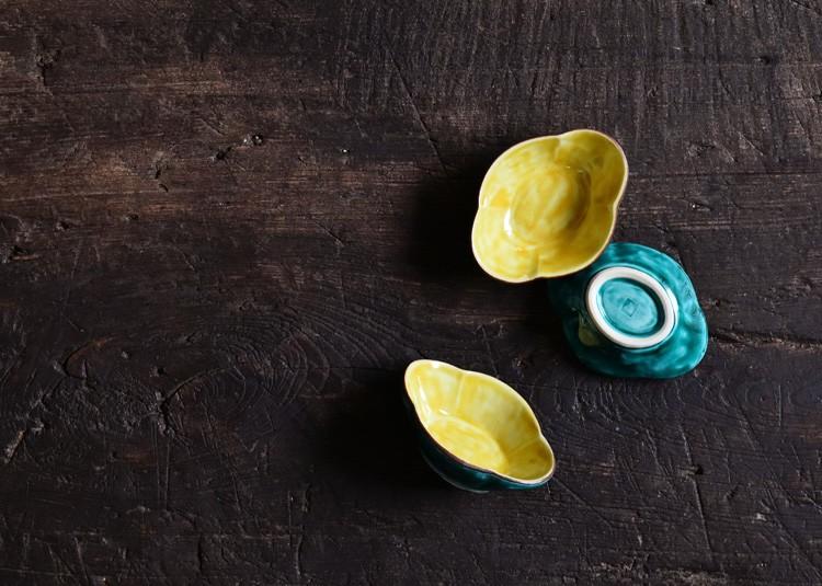 モッコ形色絵小皿
