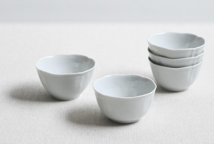 白磁フレアカップ