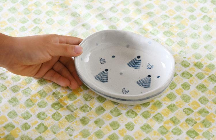 楕円皿ことり