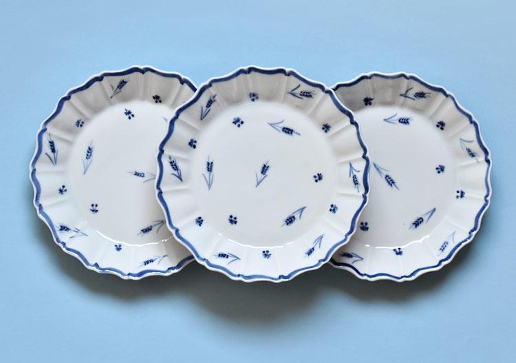 染付麦穂菊形6寸皿