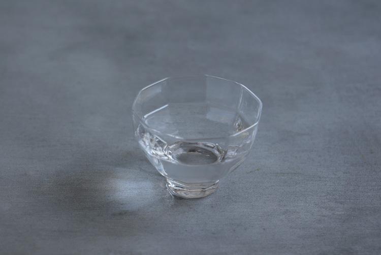 3 酒杯広