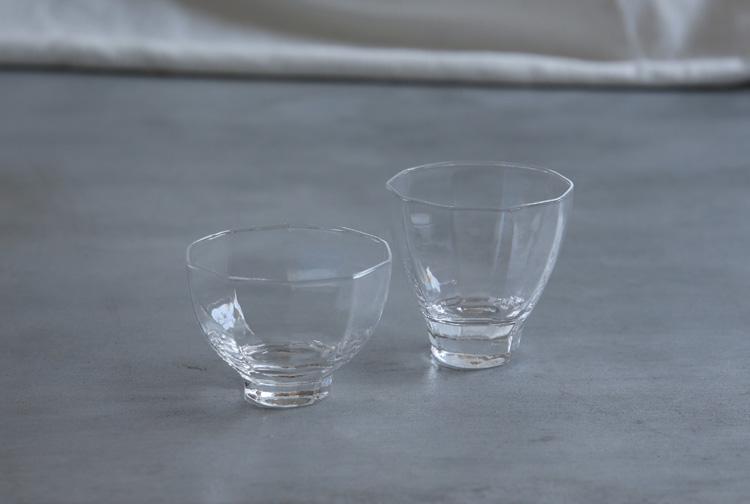 4 酒杯高