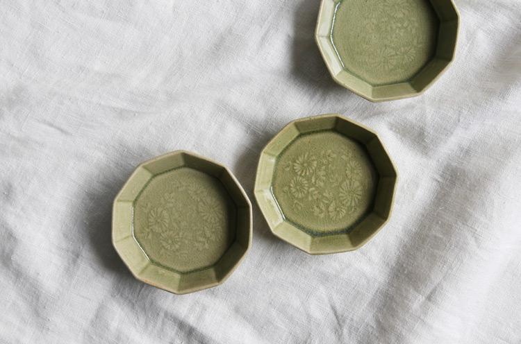 緑釉十角豆鉢