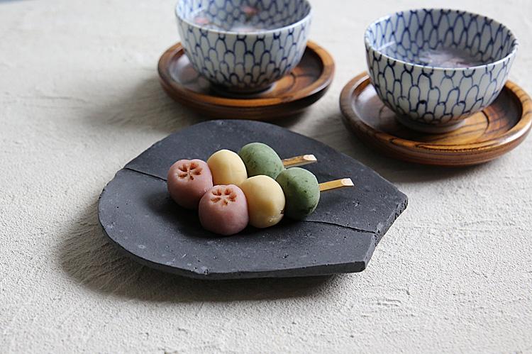 炭化蓮弁形皿