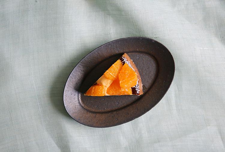 2 錆釉オーバルリム皿小