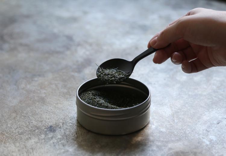 5 茶匙 栃ちぢみ黒拭漆