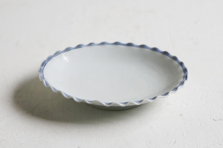 渕三本線輪花楕円皿