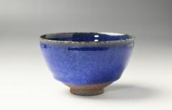 ルリ釉茶碗