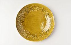 黄磁陽刻牡丹文7.5寸皿
